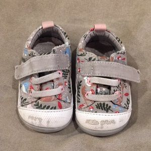 See Kai Run first walkers shoes